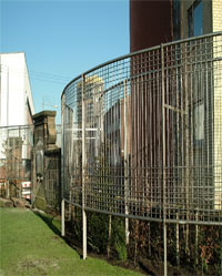 Glasgow Rose Gardens, a fine example of stainless steel mesh use